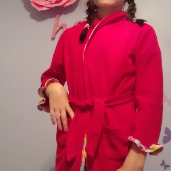 Bunz Kids Other - A cute robe a great gift for kids